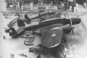 Na pierszym planie PZL P-37 Łoś na drugim PZL P 38 Wilk.